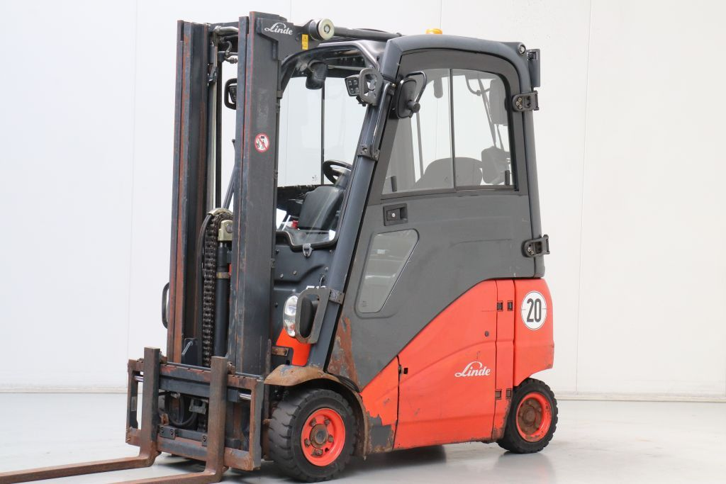 Linde E16PH-01 Electric 4-wheel forklift www.bsforklifts.com