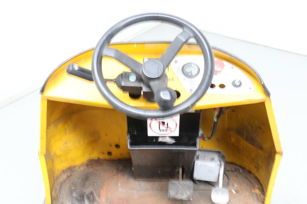 Bradshaw T6AC Tow Tractor www.bsforklifts.com