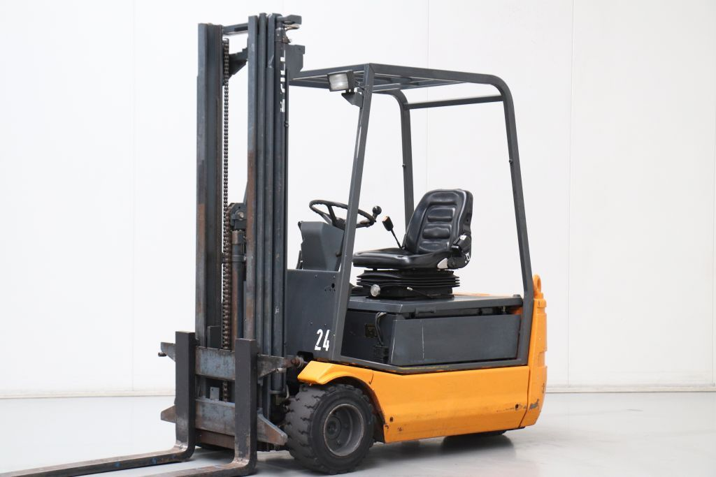Still R20-18 Electric 3-wheel forklift www.bsforklifts.com