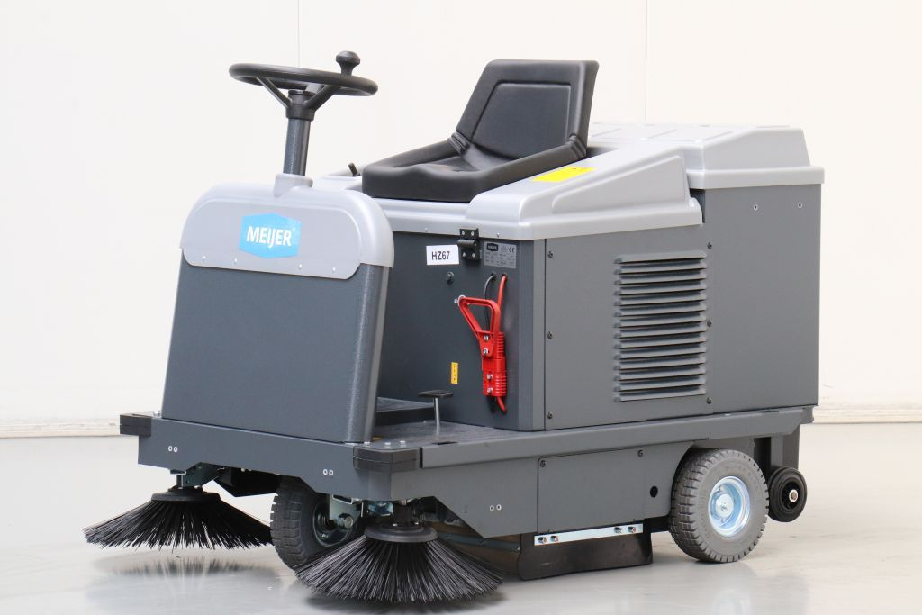 Meyer VR950 Sweepers www.bsforklifts.com