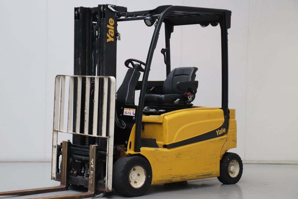 Yale ERP20VF Electric 4-wheel forklift www.bsforklifts.com