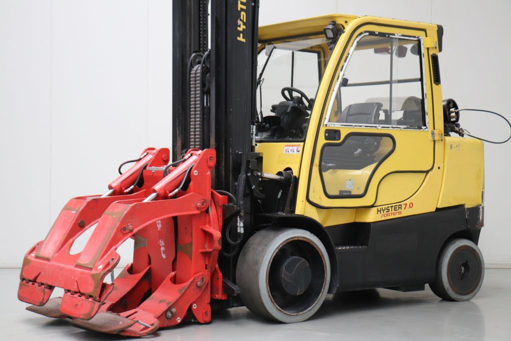 Hyster S7.0FT Compact Forklifts www.bsforklifts.com