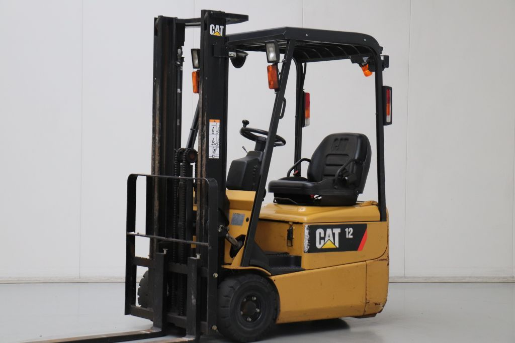 Caterpillar EP12KRT PAC Electric 3-wheel forklift www.bsforklifts.com