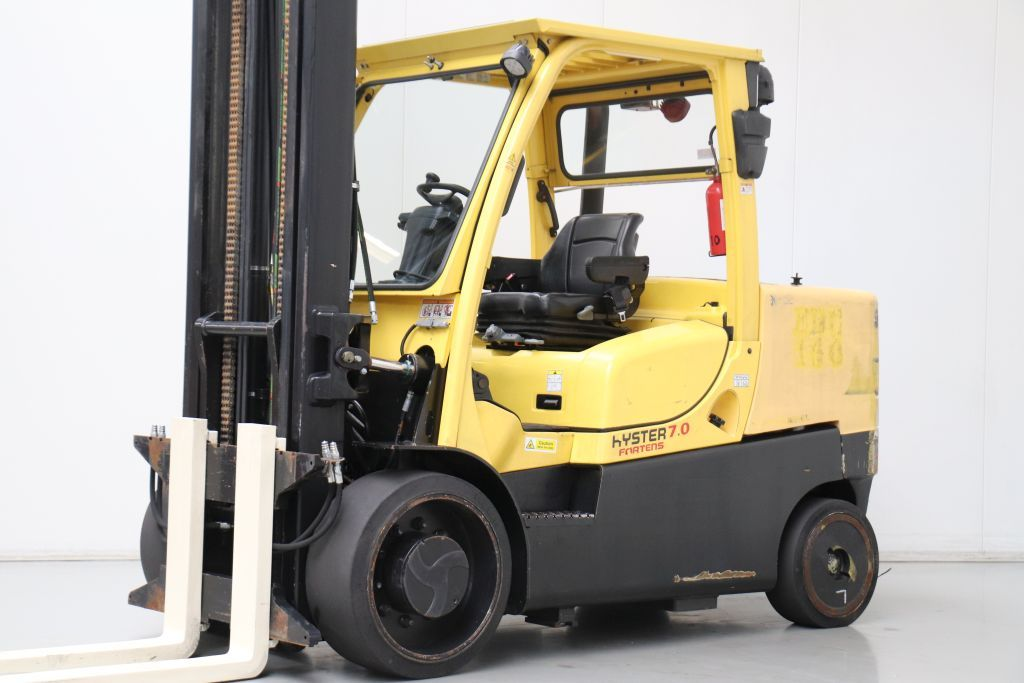 Hyster S7.0FT8 Compact Forklifts www.bsforklifts.com