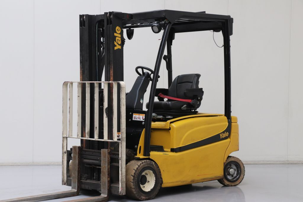 Yale ERP20VFLWB Electric 4-wheel forklift www.bsforklifts.com