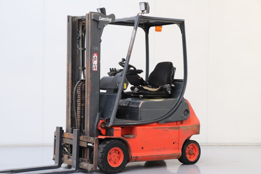 Linde E16P-02 Electric 4-wheel forklift www.bsforklifts.com