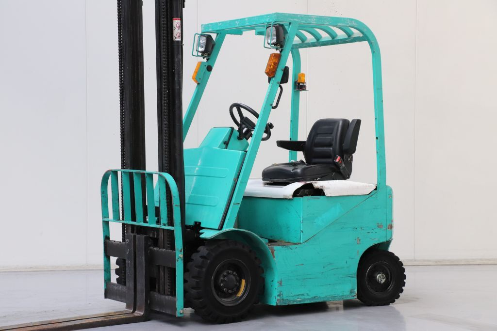 Puma SFB15 Electric 4-wheel forklift www.bsforklifts.com
