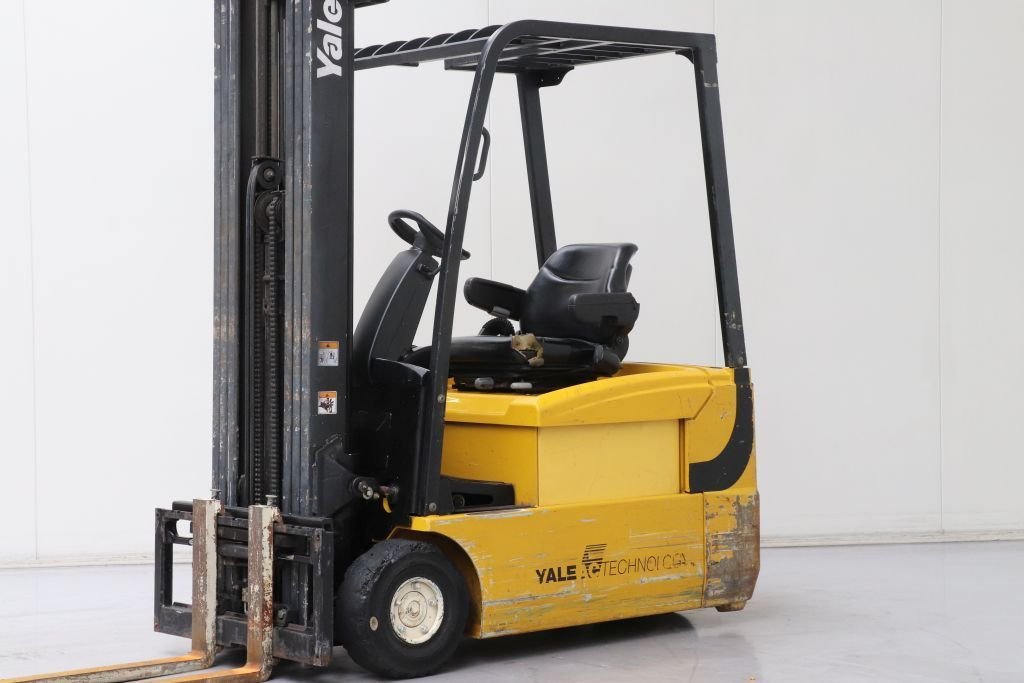 Yale ERP18ATF (SWB) Electric 3-wheel forklift www.bsforklifts.com