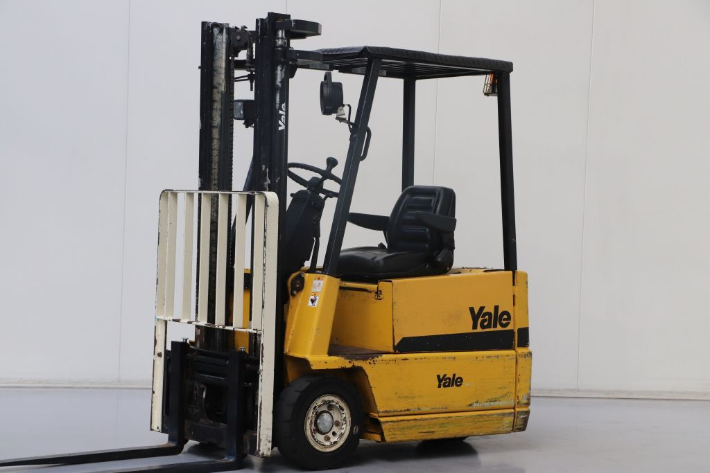 Yale ERP15RCF Electric 3-wheel forklift www.bsforklifts.com