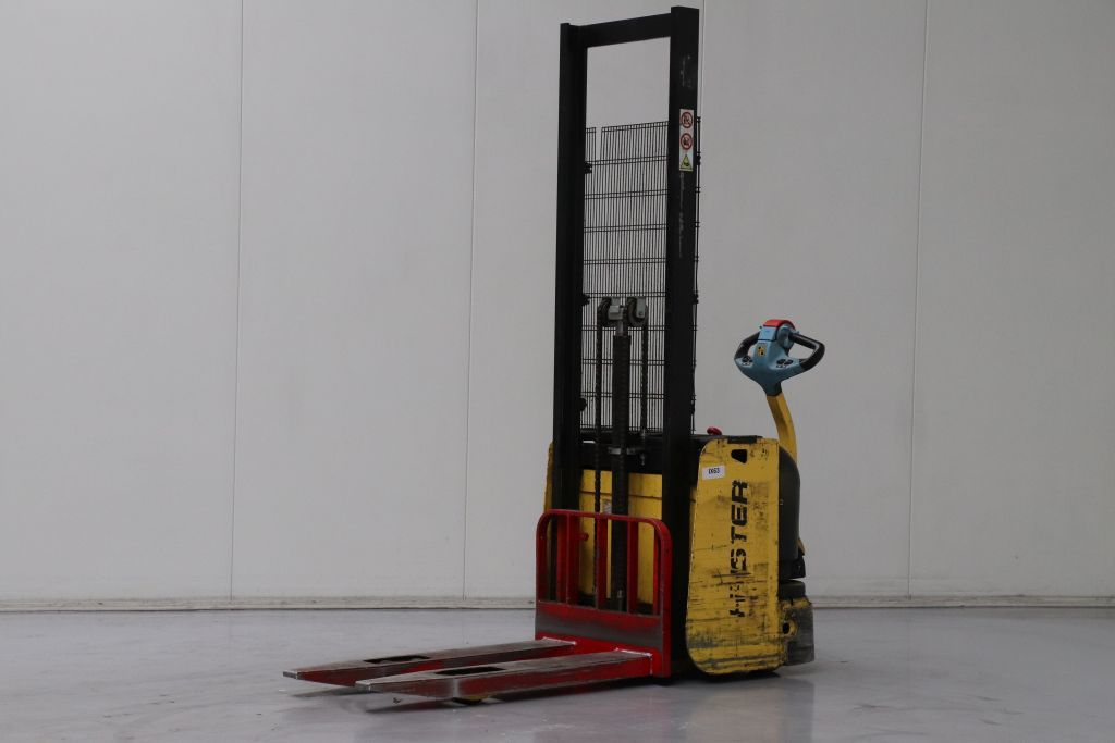 Hyster S1.2AC Electric Pallet Truck www.bsforklifts.com