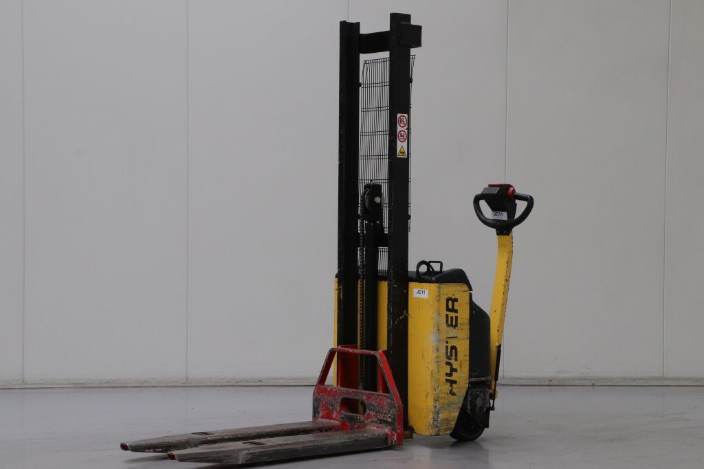 Hyster S1.0E-17 Stoccatore www.bsforklifts.com