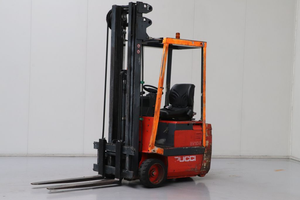 Pucci EV10S Electric 3-wheel forklift www.bsforklifts.com