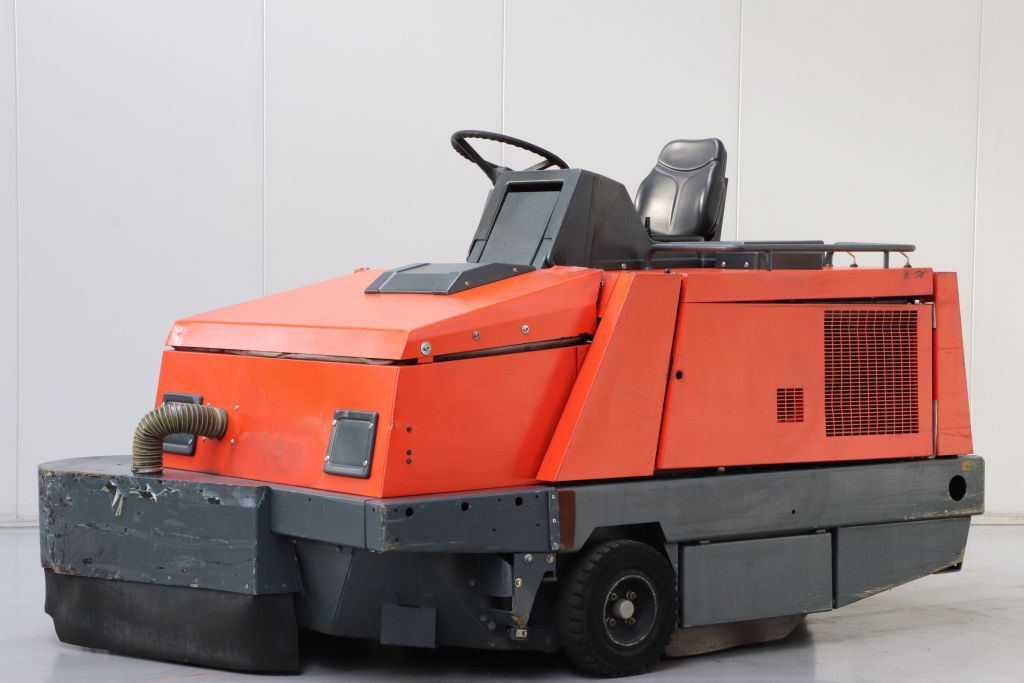 Hako 1700D Sweepers www.bsforklifts.com