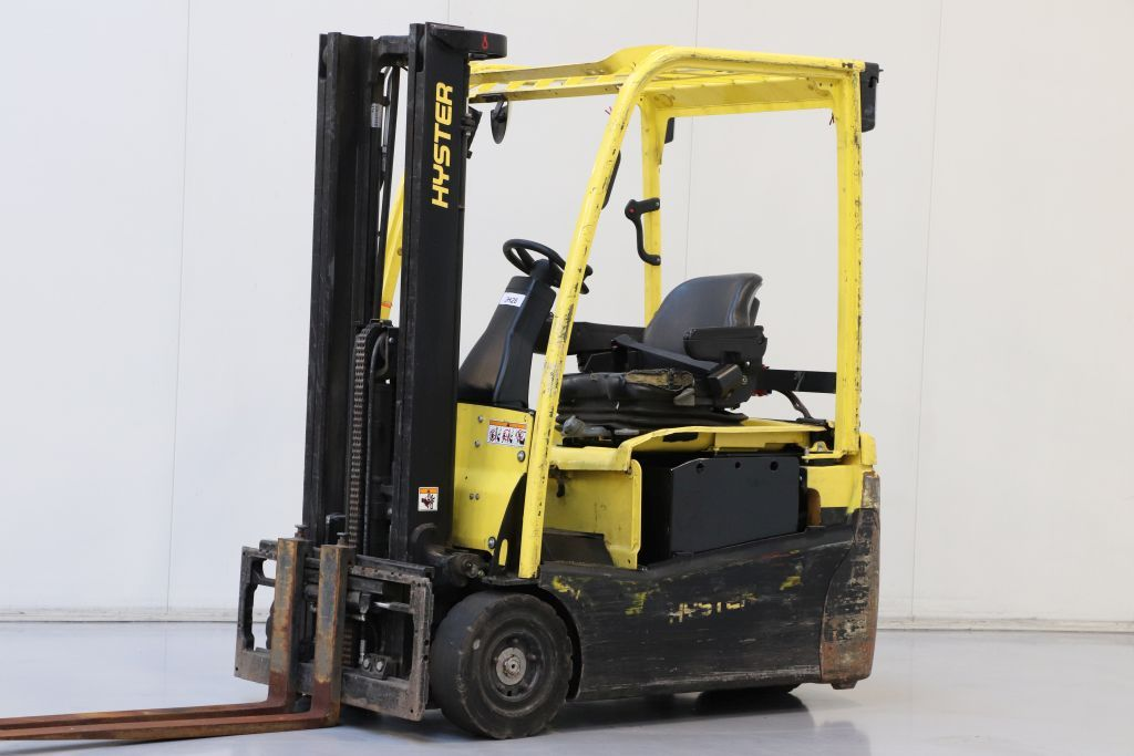 Hyster J1.6XNT Electric 3-wheel forklift www.bsforklifts.com