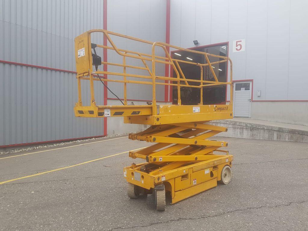 Haulotte-Compact 8-Scherenarbeitsbühne-www.sbstapler.ch