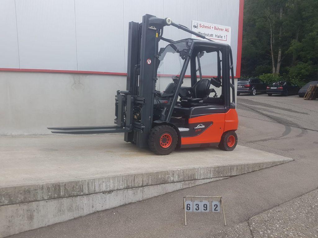 Linde-E30-01-Elektro 4 Rad-Stapler-www.sbstapler.ch