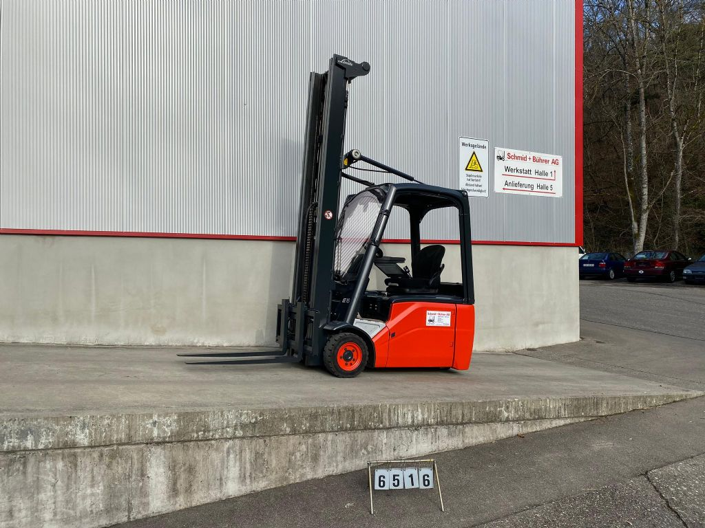 Linde-E16-Elektro 3 Rad-Stapler-www.sbstapler.ch