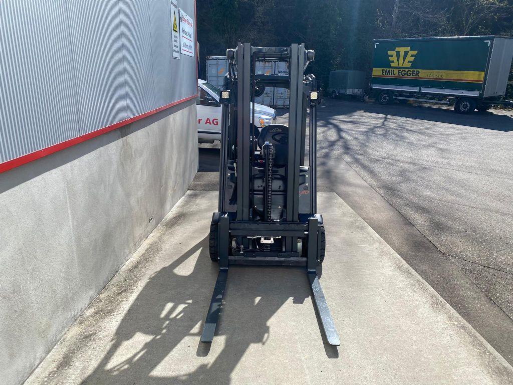 Linde E20PL Elektro 4 Rad-Stapler www.sbstapler.ch