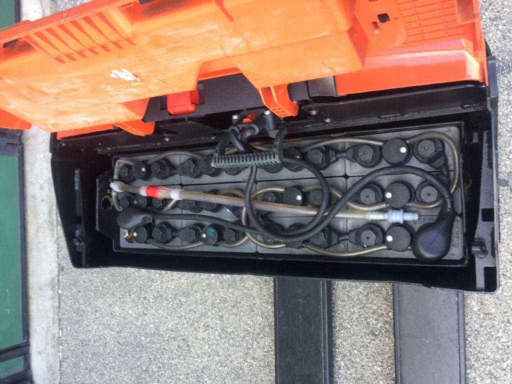 Toyota 8PM18 Niederhubwagen www.cemiat.com