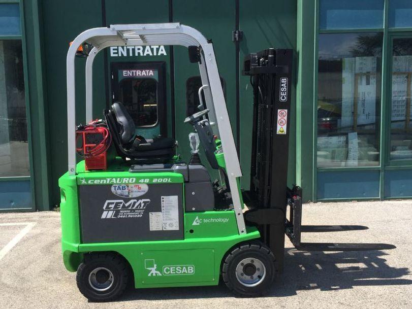 Cesab cenTAURO 48  200L Elettrico 4 ruote www.cemiat.com