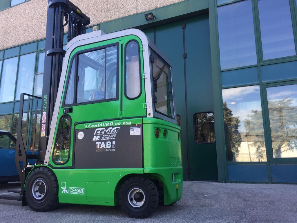 Cesab cenTAURO 80  250 Elektro 4 Rad-Stapler www.cemiat.com