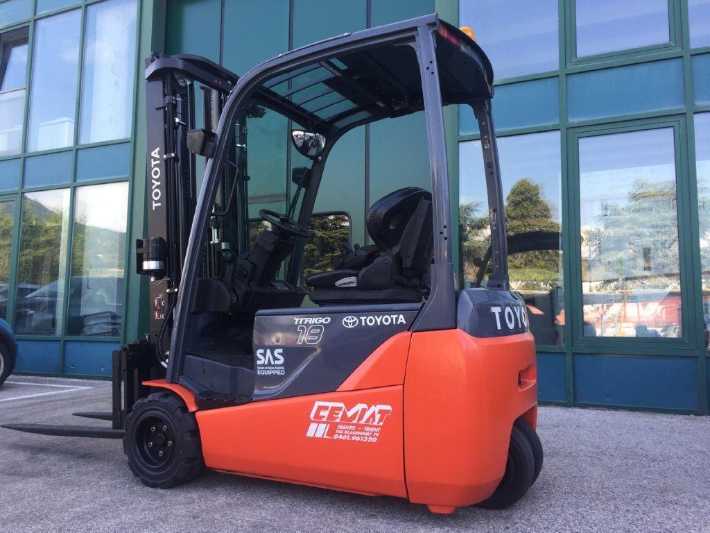 Toyota 8FBET18 Elettrico 3 ruote www.cemiat.com