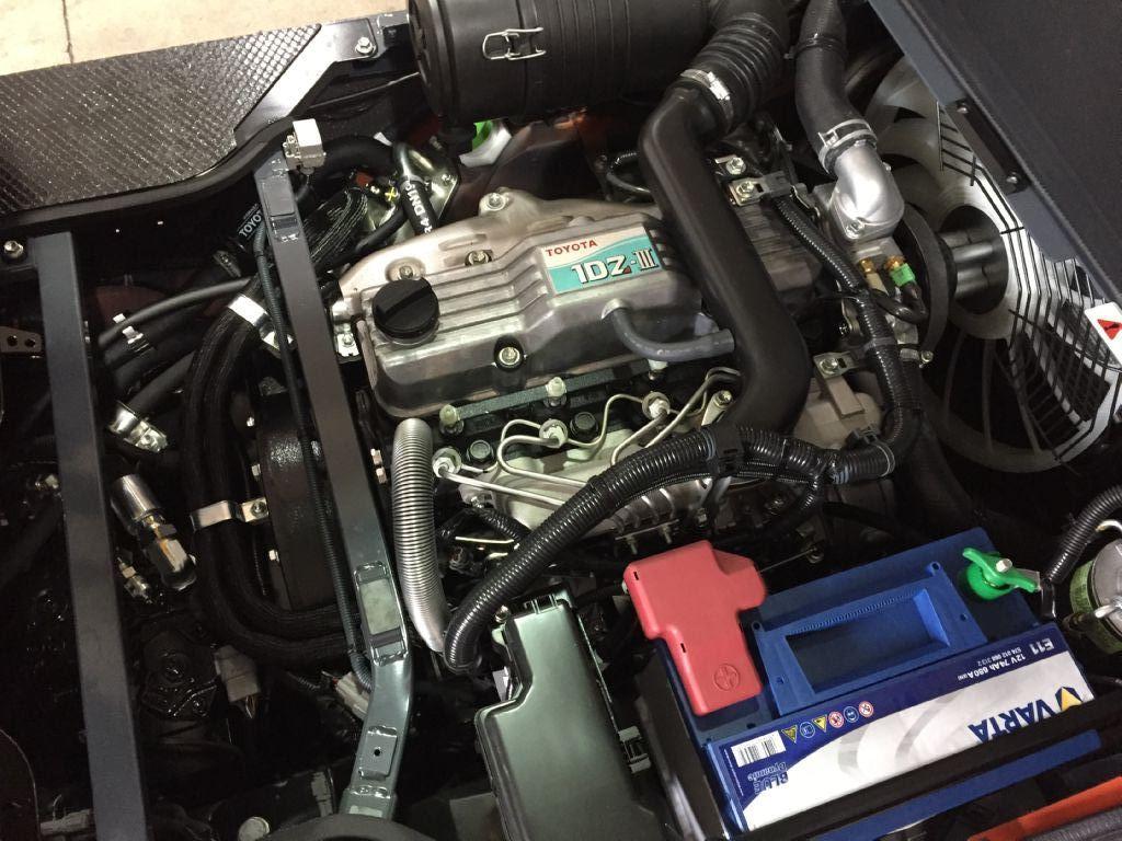 Toyota Tonero HST 06-8FD25F Frontale Diesel  www.cemiat.com