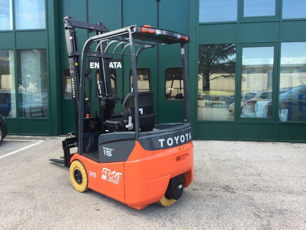 Toyota 7FBEST15 Elettrico 3 ruote www.cemiat.com