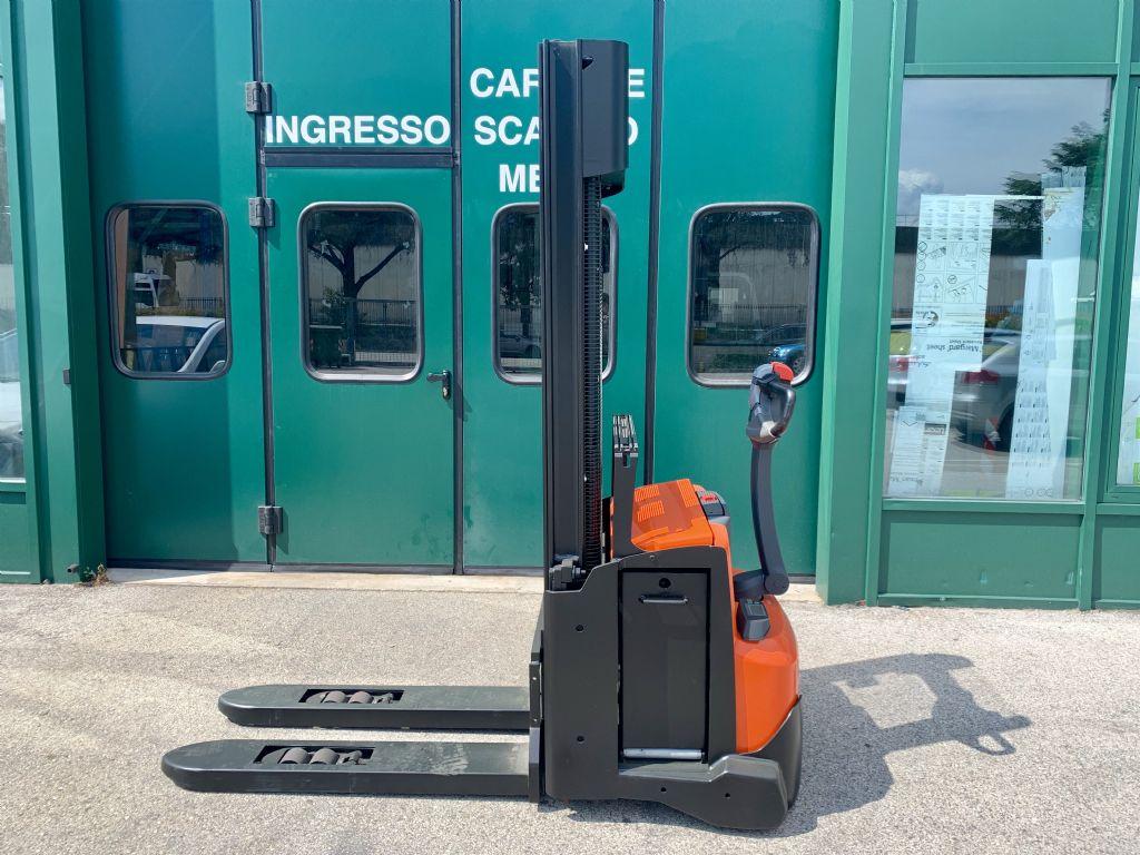 BT SWE 140L Stoccatore www.cemiat.com