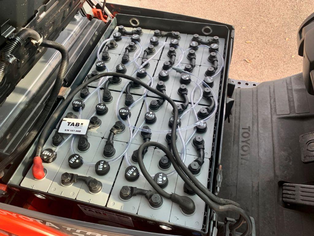 Toyota 8FBET15 Elektro 3 Rad-Stapler www.cemiat.com