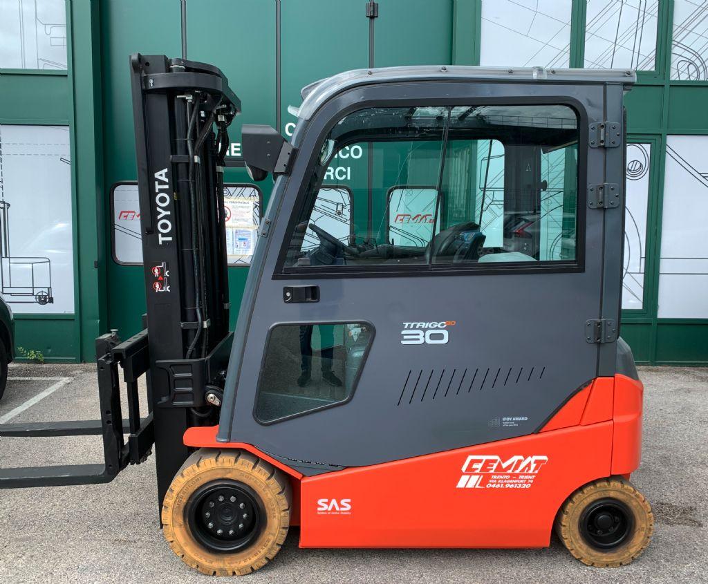 Toyota 8FBMT30 Elettrico 4 ruote www.cemiat.com