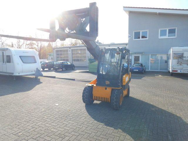 JCB-Teletruk TLT 30 LPG-Teleskopstapler starr-http://www.decker-gabelstapler.de