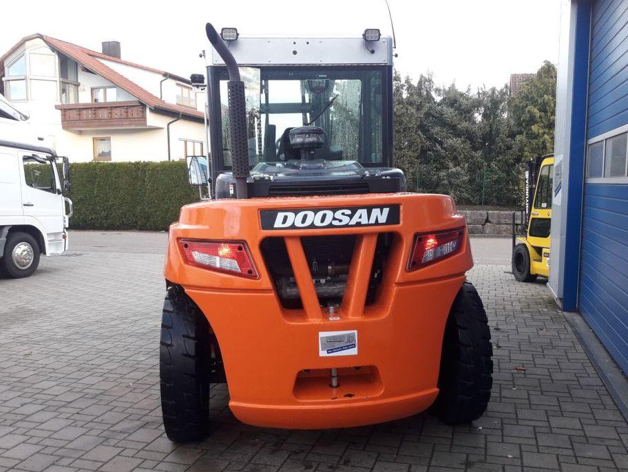 Doosan-D90S-7-Dieselstapler-http://www.diemer-gabelstapler.de