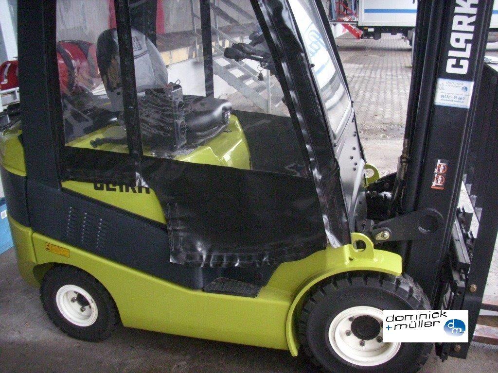 Clark-C20S-Treibgasstapler domnick-mueller.de