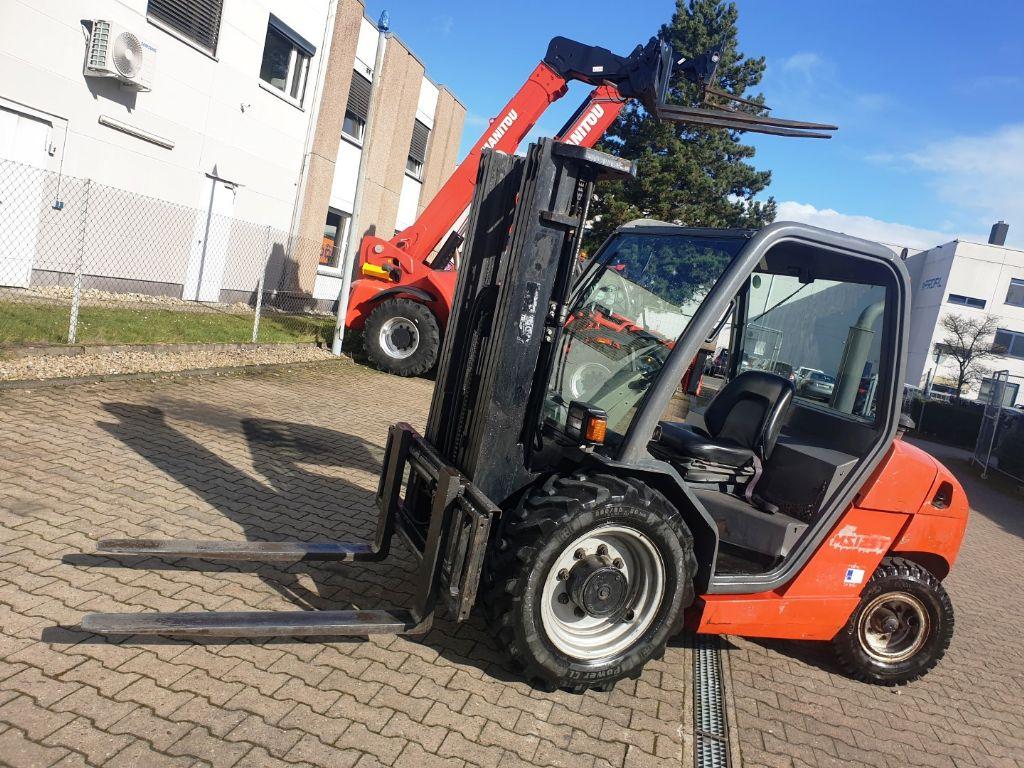 Manitou-MSI 25 Triplex-Geländestapler domnick-mueller.de