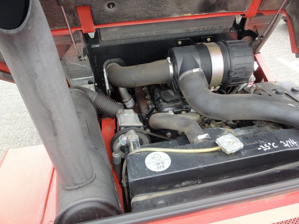 Manitou MC 30 - 2F370 2x4 Geländestapler