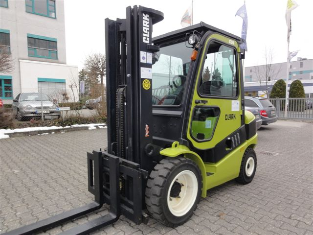 Clark-C30D - 3F480 EuroIIIB-Dieselstapler domnick-mueller.de