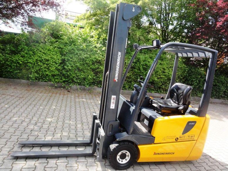 Jungheinrich-EFG 216 3F550 Batt2012-Elektro 3 Rad-Stapler domnick-mueller.de