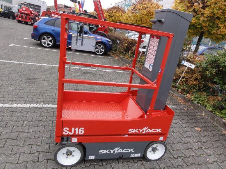 Skyjack-SJ 16-Teleskoparbeitsbühne domnick-mueller.de