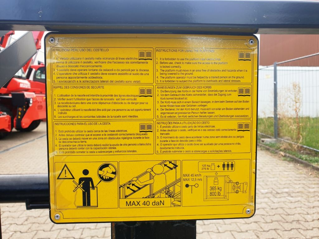 Manitou Personen Arbeitskorb fixe Personenkorb www.roos-gabelstapler.de