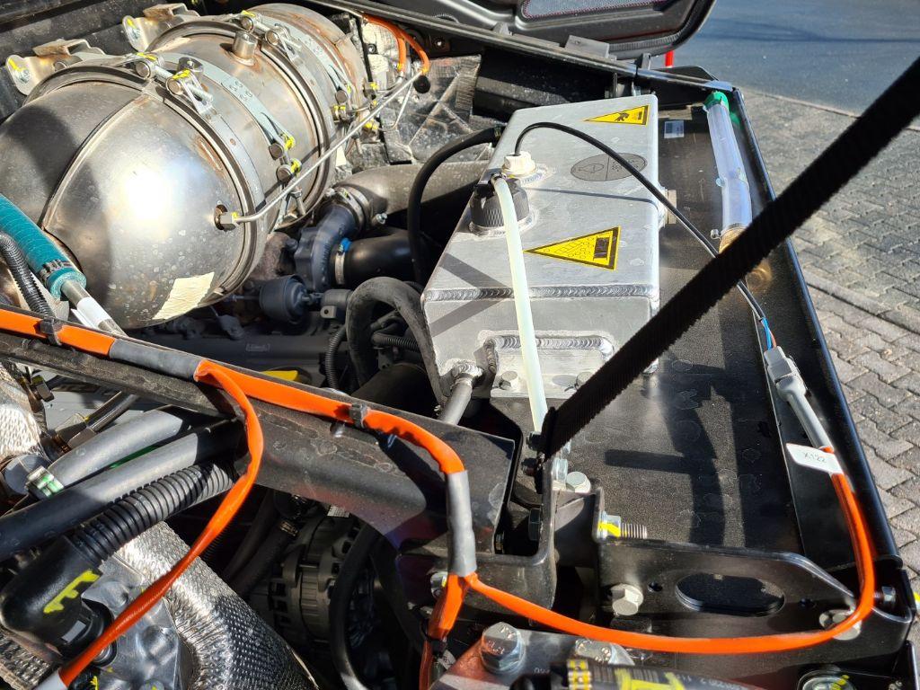 Manitou MLA-T 533-145 V+ Hoflader www.roos-gabelstapler.de
