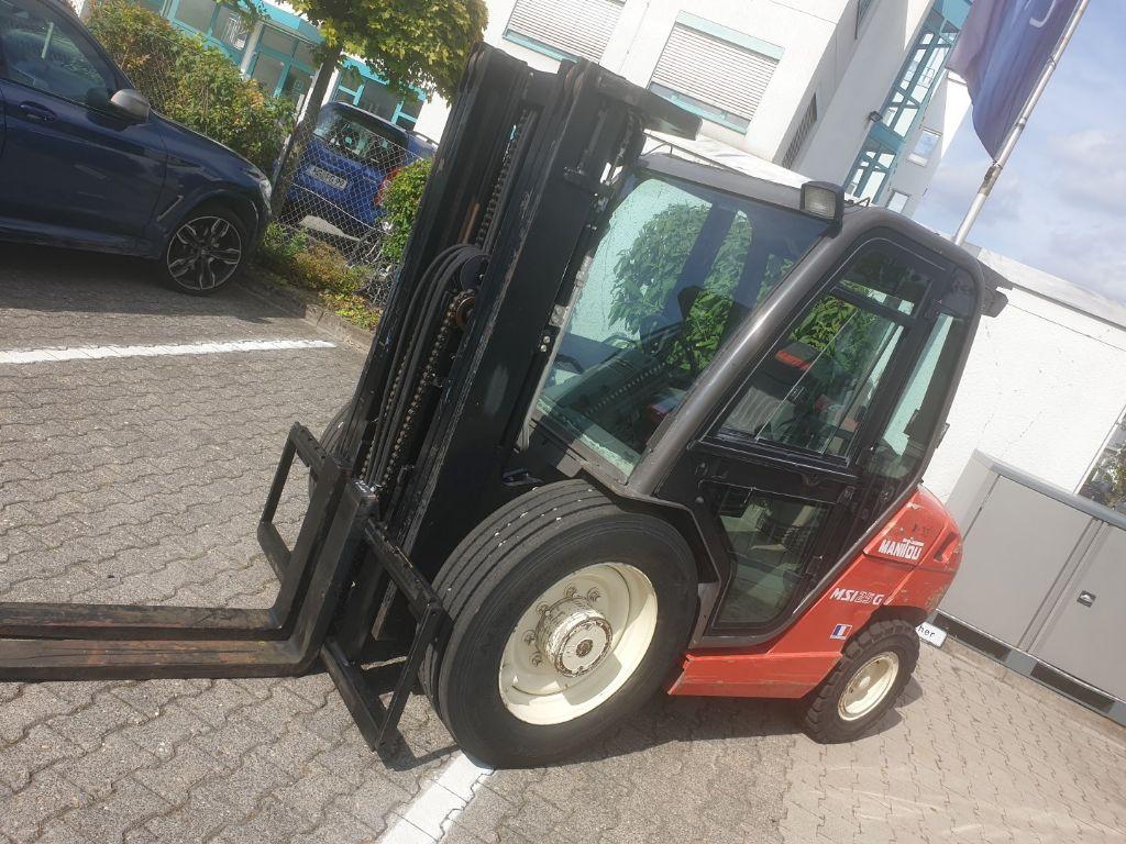 Manitou-MSI 25 GAS-Geländestapler domnick-mueller.de