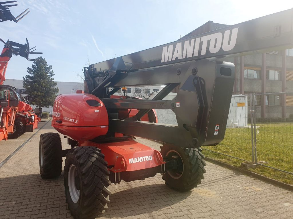 Manitou-200 ATJ PA CR-Gelenkteleskopbühne domnick-mueller.de