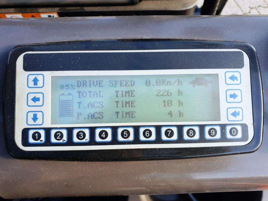 Manitou ME 316 4800Tripl DEMO Elektro 3 Rad-Stapler
