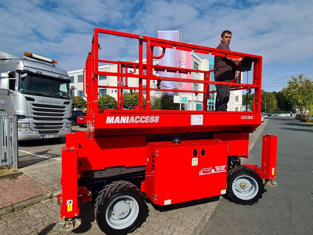 Manitou-120 SC-Scherenarbeitsbühne domnick-mueller.de