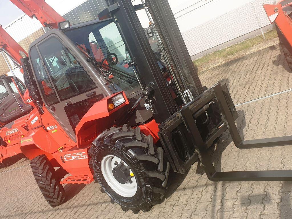 Manitou M 30.4 3F550 S4 Geländestapler www.roos-gabelstapler.de
