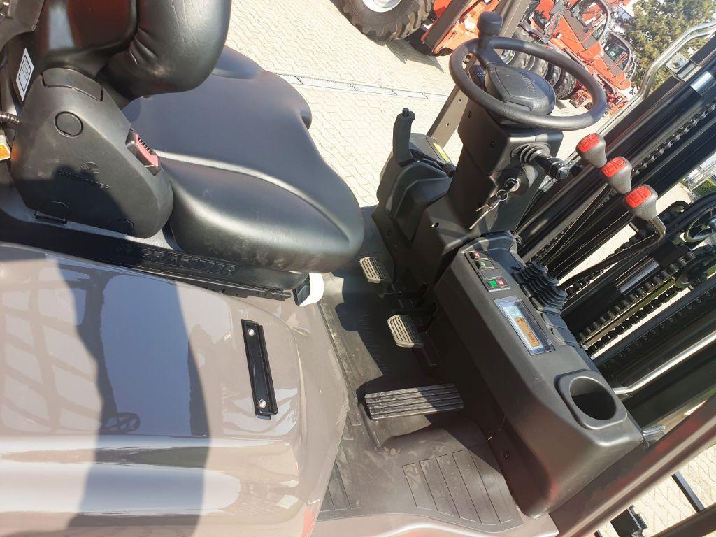 Manitou MI 30 Gas Triplex Neu2019 Treibgasstapler