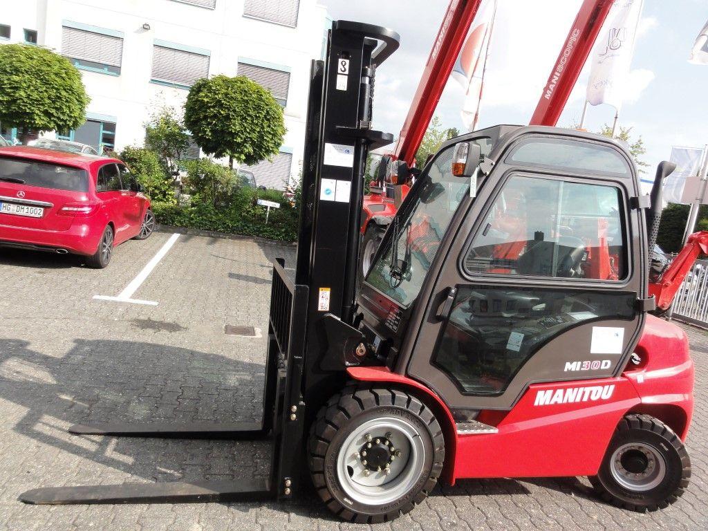 Manitou-MI 30 D Triplex-Dieselstapler domnick-mueller.de