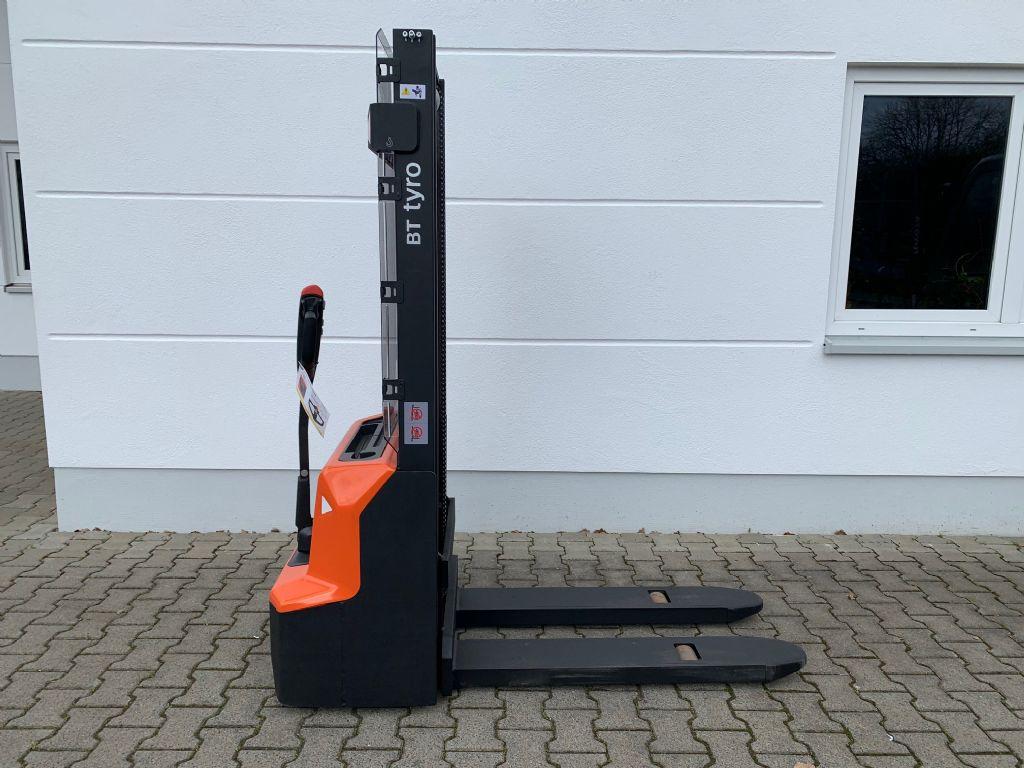 BT SHE 100 Hochhubwagen loeffler-gabelstapler.de