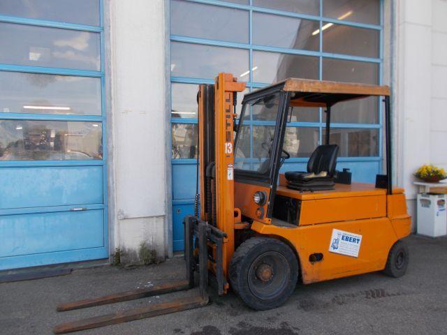 Still-R 60-40-Elektro 4 Rad-Stapler-www.staplerservice-ebert.de